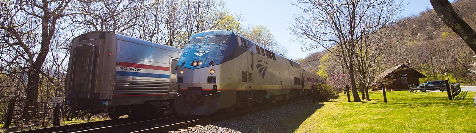 blue-ridge-tunnel-trains